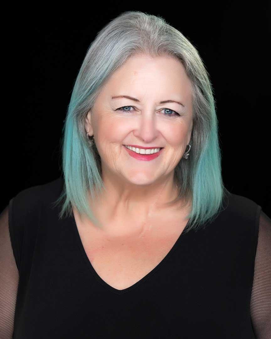 Elaine Lindsay host of BBPTVShow • Speaker
