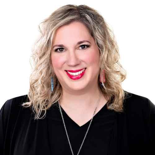 lisa Anna Plamer headshot guest spot BBPTVShow E115